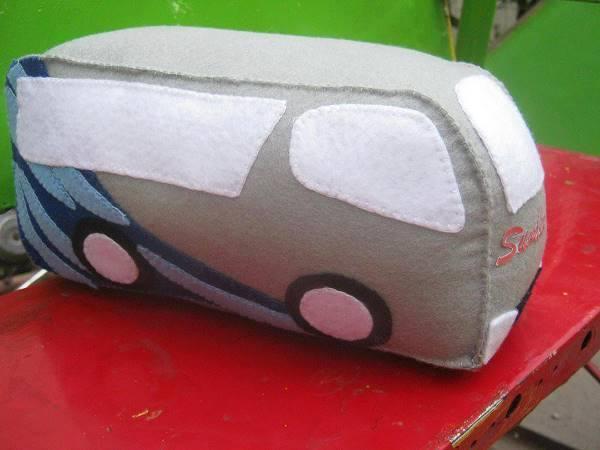 Boneka Maskot Perusahaan Bus Sumber Alam
