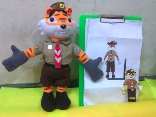 Pembuatan Boneka Icon Lambang Pramuka Singa Mamau