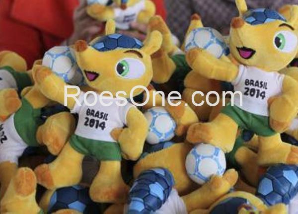 Pembuatan Boneka Maskot Piala Dunia Brazil 2014 Terbaru