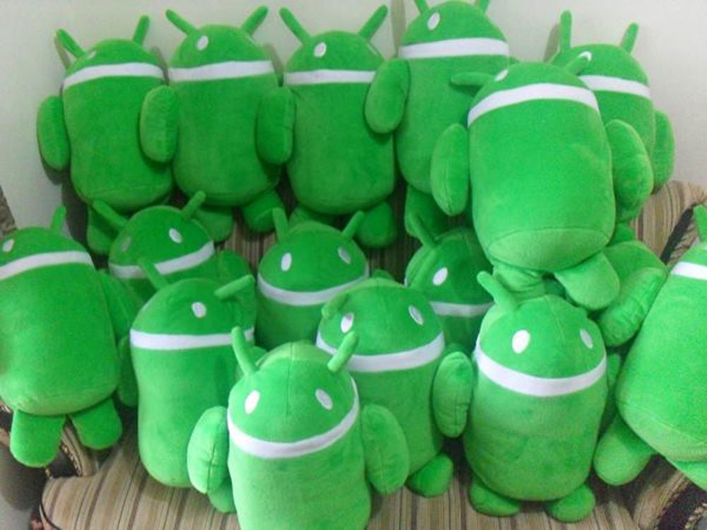 Pembuatan Boneka Maskot Souvenir Komunitas Android