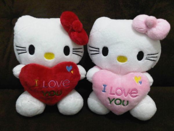 Pembuatan Boneka Valentin untuk Pacar - Hello Kitty