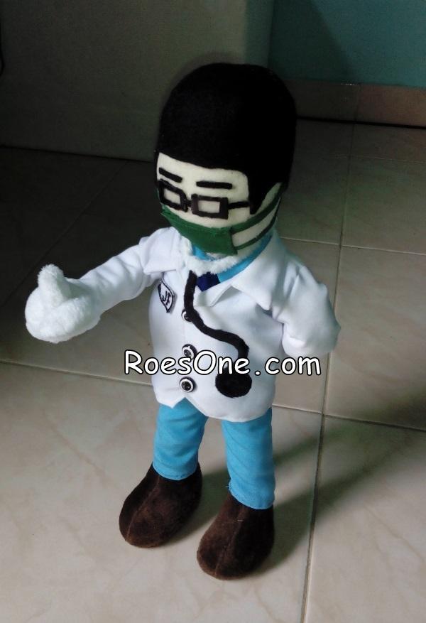 Souvenir Boneka Dokter untuk Pasien