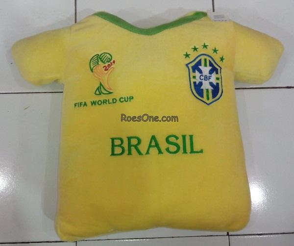 Bantal Boneka Piala Dunia Timnas Brasil 2014