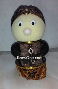 Souvenir Pernikahan Boneka Adat untuk Hiasan Mobil