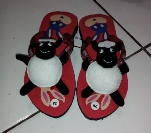 Sandal Boneka Kesukaan Anak Lucu Shaun The Sheep