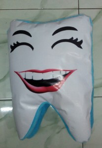 Boneka Gigi Cerita untuk Dokter Gigi