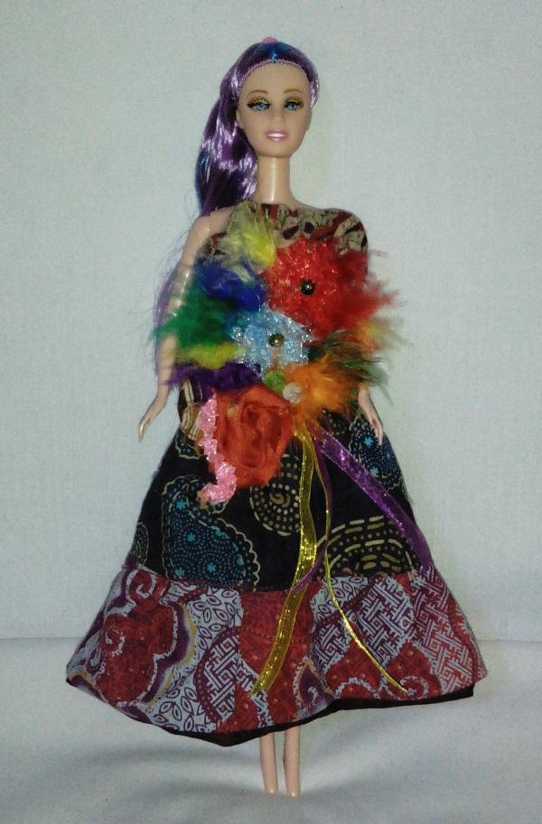 Boneka Barbie Batik Motif Alam