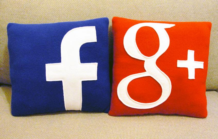 Bantal sosial media facebook dan google plus