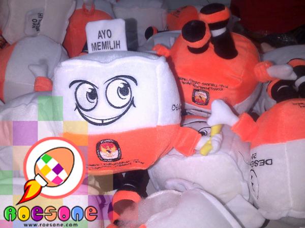 Produsen Boneka Mang Koro (Kotak Suaro)