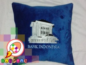 Bantal Bank Indonesia Ekslusif - Boneka Maskot Bank Indonesia