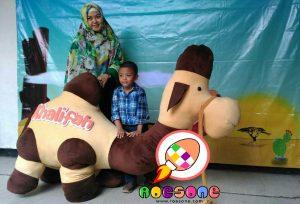 Boneka Badut Maskot Unta TK Khalifah Yogyakarta