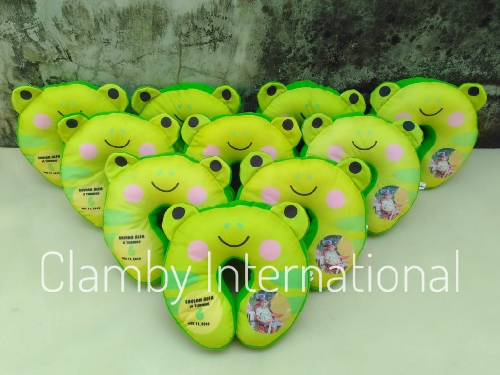 Produsen Bantal Leher Keropi Souvenir Tour and Travel Agent