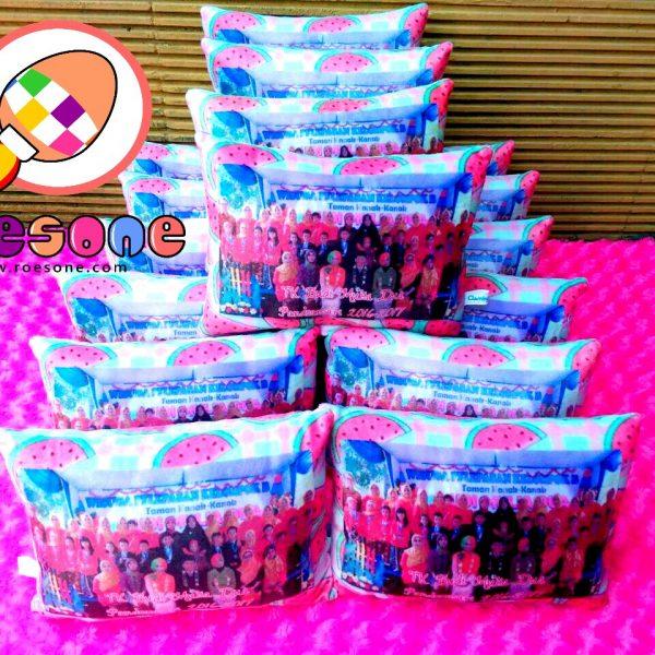 Produsen Bantal Print Souvenir Wisuda TK Budi Mulia Dua Pandeansari