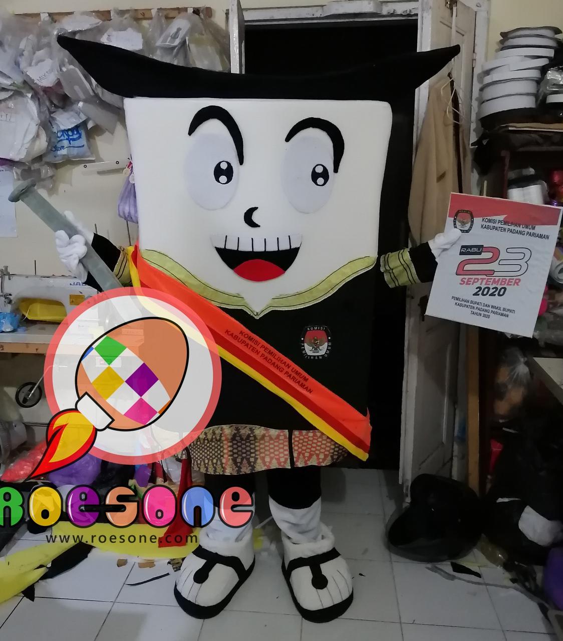 Produsen Boneka Badut PILKADA Padang Pariaman