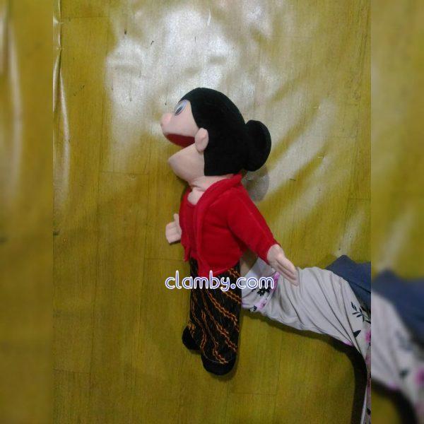 Produsen Boneka Muppet Tradisional Jawa Karakter si Mbok